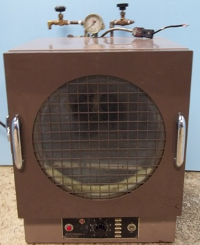 Image of LAB-LINE-INSTRUMENTS-VACUUM-OVEN-CAT-NO-3620 by BAMKO-SURPLUS PROCESS EQUIPMENT LLC.
